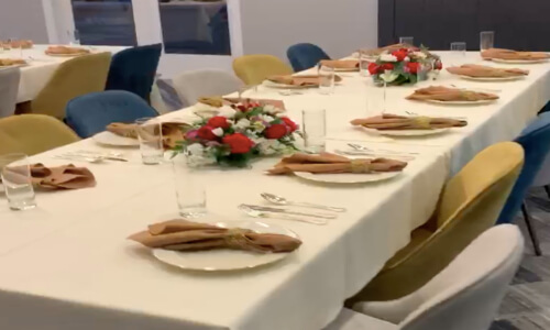 Catering event with white table clothe